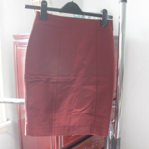 NEW H&M Maroon Skirt Size 4
